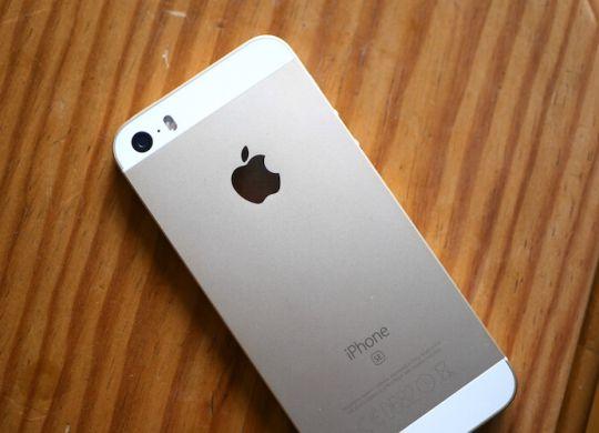 iPhoneSEcon128GB